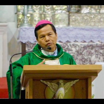 Mons. Rene Leigue: vivamos con coherencia nuestra fe y la vida que llevamos