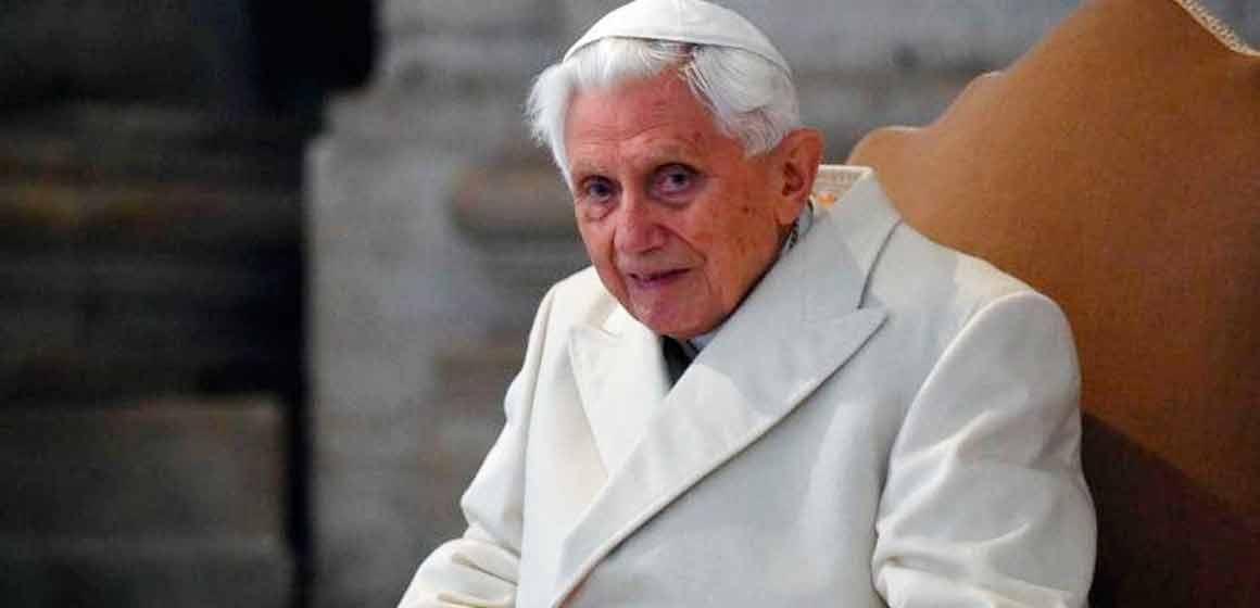 Benedicto XVI reiteró: «No hay dos Papas»