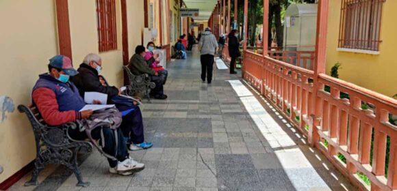 Covid-19: Neumólogo boliviano alerta de una «catástrofe sanitaria» si no se cierra fronteras con Brasil