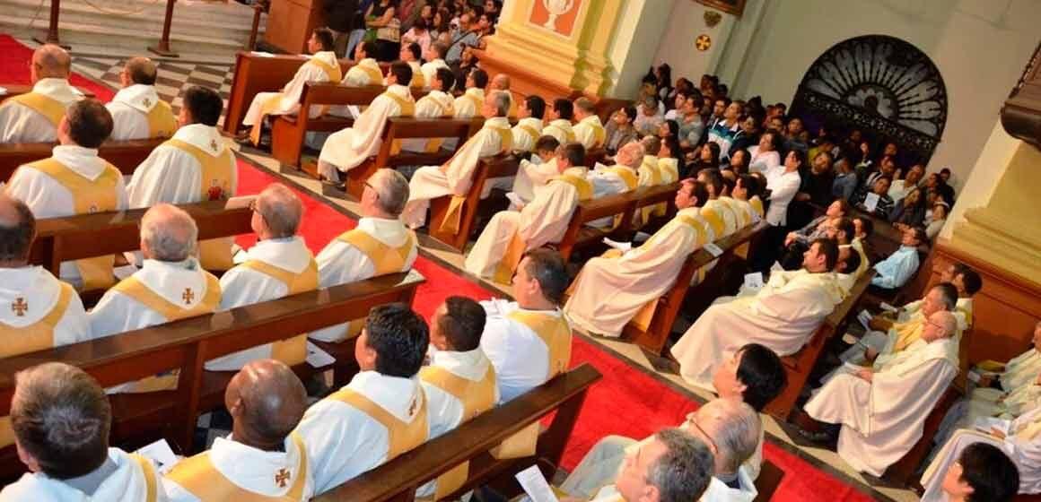 """Martes Santo: """"Sacerdotes renovarán sus promesas sacerdotales en la Misa Crismal"""""""