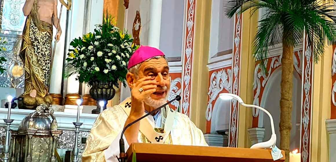 """Arzobispo: """"El Resucitado nos llama a salir de los sepulcros del mal y del odio, para resucitar a la vida nueva"""""""