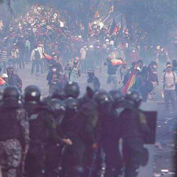 La crisis económica y persecución política preocupan a los bolivianos