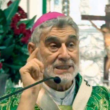 El Arzobispo de Santa Cruz celebra 22 años de Ordenación Episcopal ¡Felicidades!